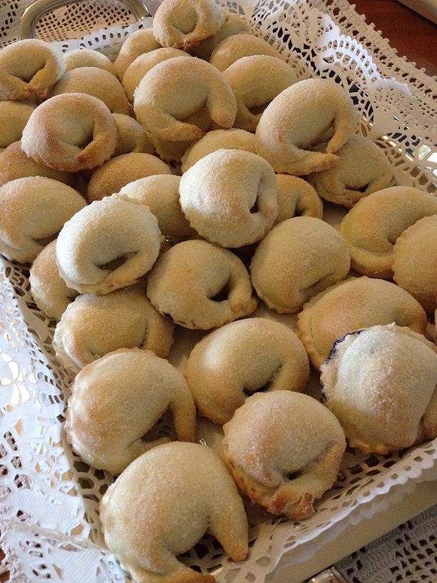 Tarallucci con marmellata di uva