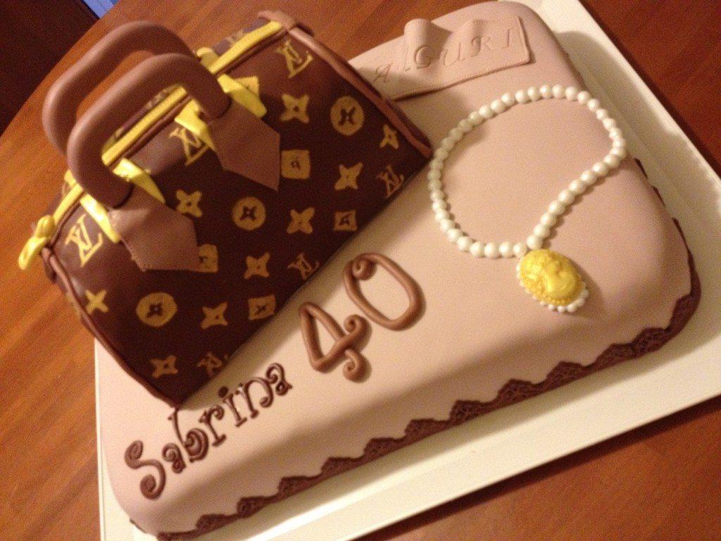 Torta con borsa Luis Vuitton