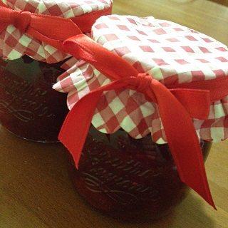 Confettura di fragole (con Fruttapec)