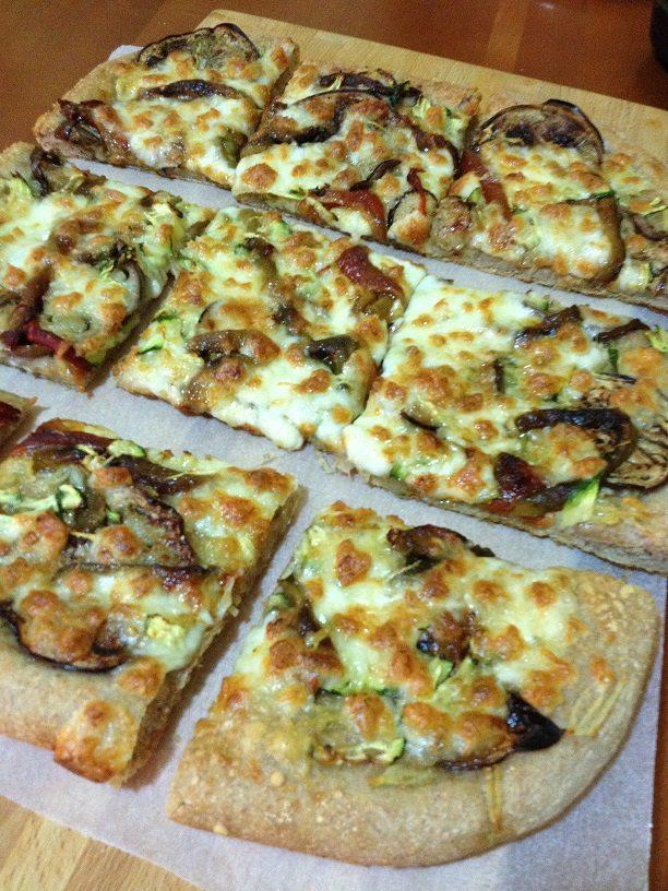 Pizza integrale con licoli