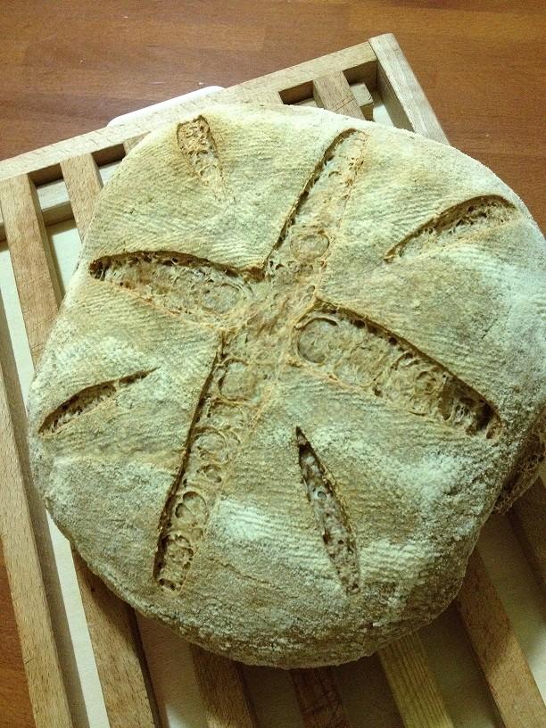 Pane con tutto il grano con lievito madre