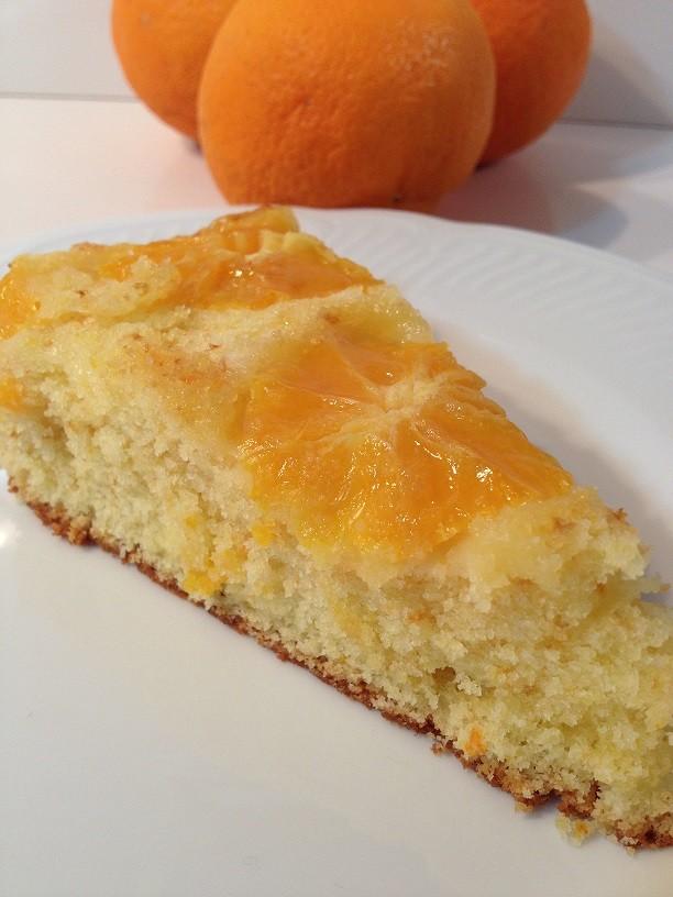 Torta rovesciata di arance e yogurt