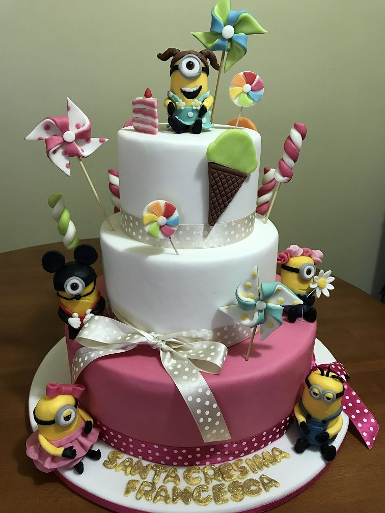 Torta Cresima tema Minions